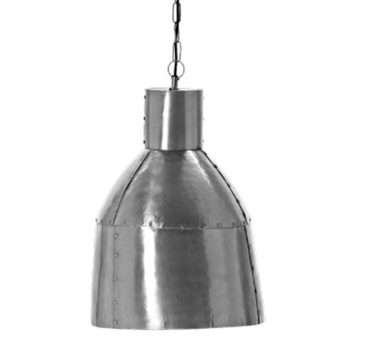 Factory ?r en taklampa i zink som st?mmer bra in i industrilooken