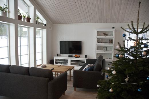 Vardagsrum högt i tak : Nybyggt med totalentreprenad