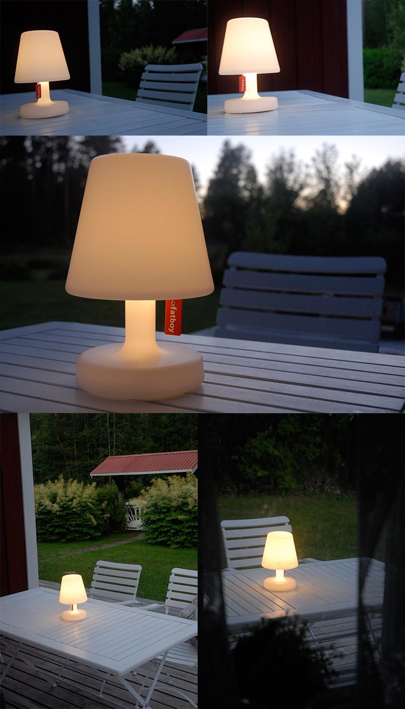 Uppladdningsbar bordslampa från Fatboy i trädgården