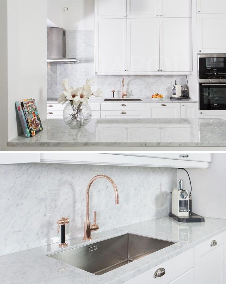 Natursten I Koket : Vackert med vit marmor i koket om man skoter det rott
