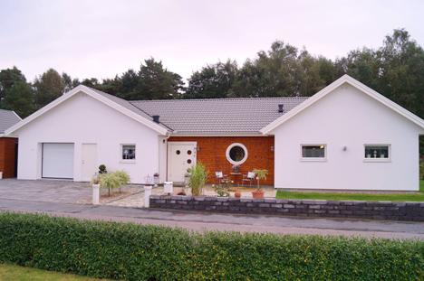 Garage ihopbyggt med hus